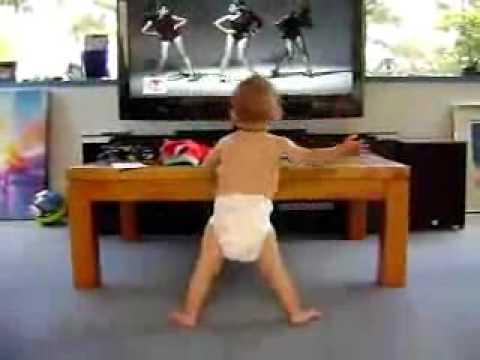 Baby dancing to Beyonce's Single Ladies