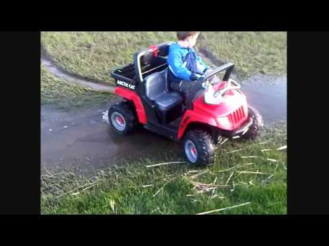 Power Wheels Arctic Cat - Swamp Buggy