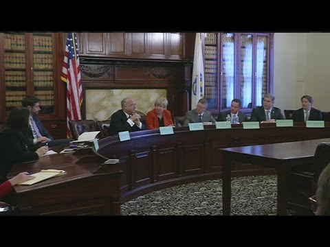 Gaming Commission looks into regulating online gambling