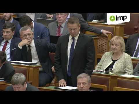 Orbán Viktor nem tudott mit mondani az LMP társelnökének kérdésére (LMP)