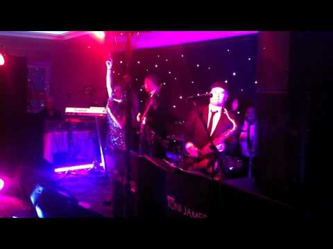 The Cottons Hotel Knutsford- The Toni James Band