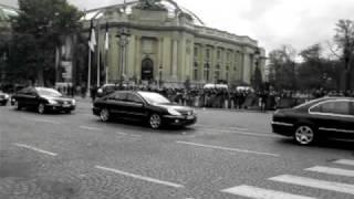 Le président chinois Hu Jintao arrive à Paris 4 novembre 2010