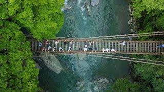 目的地は「原風景」 徳島の山あいに外国人が列