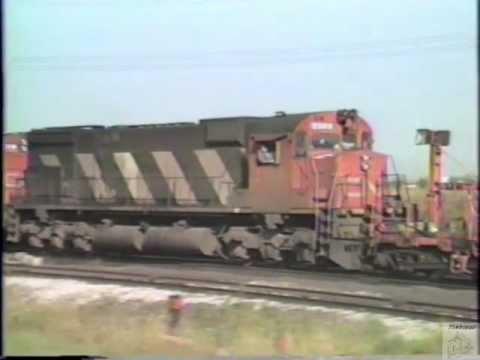 Railfanning Ontario August 1986