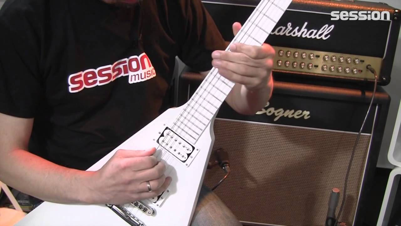 gibson brendon small snow falcon flying v youtube. Black Bedroom Furniture Sets. Home Design Ideas