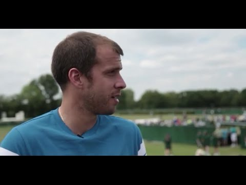 Gilles Muller Gives Inside Look At Wimbledon 2015 Qualifying