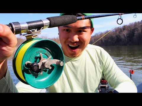 "Strange ""Side Casting"" Fishing Reel. Why have I never seen this before?"