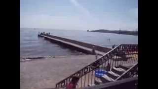 Пляж Феодосии. Отдых на Украине лето 2013.(2013 год июнь месяц. Прошлись вдоль пляжа и сняли на видео., 2013-12-06T14:36:54.000Z)