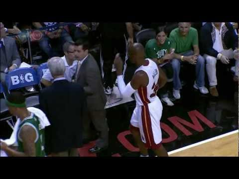 Ray Allen Checks In and Greets the Celtics