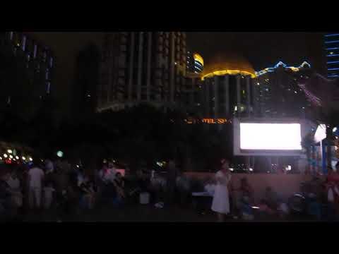Karaoke chirriante en Nanjinglu Shanghai