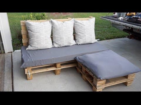 diy-pallet-sofa-|-neesiedoesit