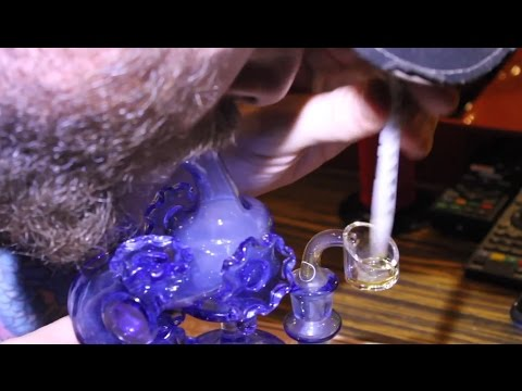 """200th Episode Hashbar TV  """"Tasting the Terps"""" in Barcelona Spain, Low Temp Dabs"""