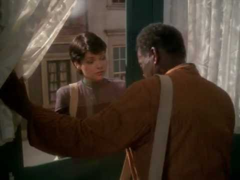 DS9 Ezri's first appearance (Image in the Sand)