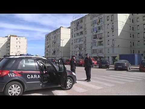 """Siracusa. I carabinieri liberano una """"cittadella fortificata"""" in via Algeri"""