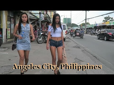 Walking To Pay My Ticket At S.M. Clark : Angeles City, Philippines