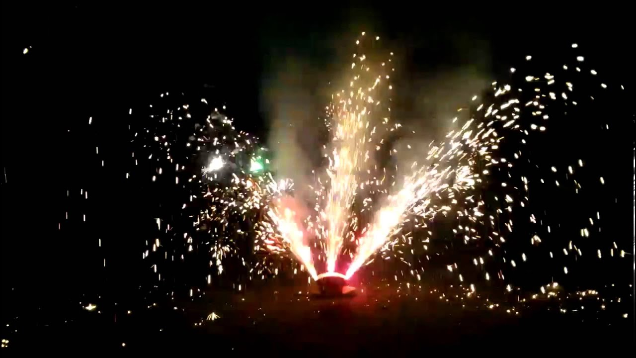 Neon Light 500 gram fountain by Blackcat fireworks demo and review