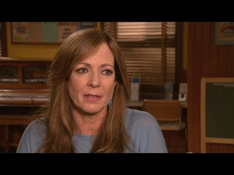 Allison Janney Reflects on Robin Williams' Passing