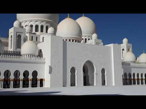 WATCH THE AMOUNT OF PEOPLE VISITING ABUDHABI GRAND MOSQUE