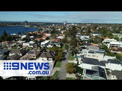 House prices set to slump up to 11 percent in some Aussie suburbs | Nine News Australia Mp3