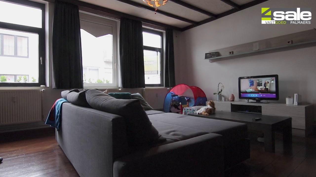 4Sale - te koop - à vendre - Bilzen : Gebouw met 2 appartementen, handelsruimte en garage.