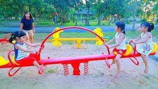 หนูยิ้มหนูแย้ม   เล่นสนามเด็กเล่น เล่นสวนสนุกสำหรับเด็ก