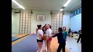 BnG Cheerleader 2013