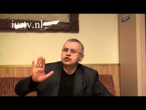 Prof. Dr. Ahmet Akgündüz - Kuran Hizmeti Ve Siyaset Birbirine Karışmamalı!