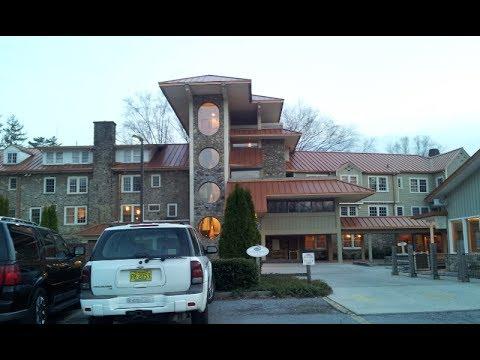 Hotel Tour: Waynesville Inn in Waynesville, NC