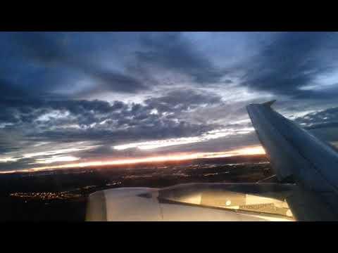 A321 Despegue de Madrid en paralelo ( Poca luz amaneciendo ) motorización CFM