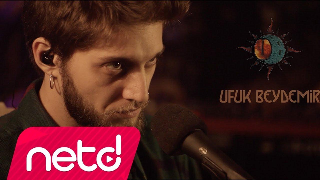 Ufuk Beydemir - Ay Tenli Kadın (Akustik) mp3 indir