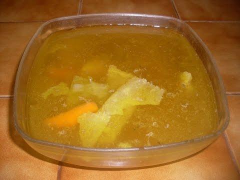 comment-faire-le-vrai-bouillon-de-poule---recette-de-soupe