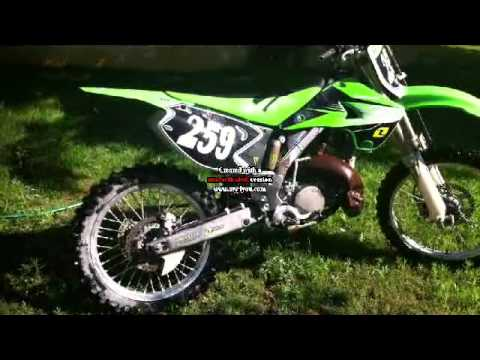 ma moto cross 125 kawasaki youtube. Black Bedroom Furniture Sets. Home Design Ideas