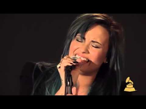 Demi Lovato - Nightingale (Acoustic - At The Grammy 2013)