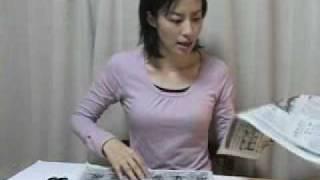 2009年11月22日の新聞を速切 ぐうふら党の環境保全 換気扇の窓に挟まっ...