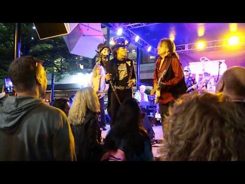Navy Pier Sympathy For The Devil Hot Rocks Rolling Stones Tribute