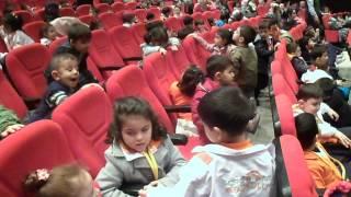 Gambar cover kardelen çiçeği anaokulu sultanbeyli istanbul  çalışkan arılar sınıfı Tiyatroda