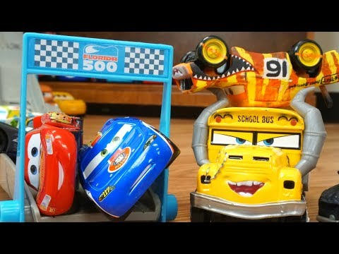 Cars 3 Florida 500  Elimination Piston Cup Race Track Speedway Who Is Fast?