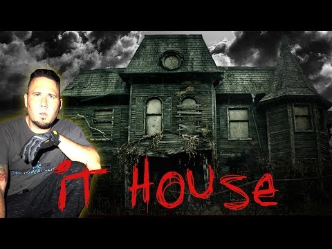(UNCUT) HAUNTED IT HOUSE IN THE WOODS - GHOST SEEN!