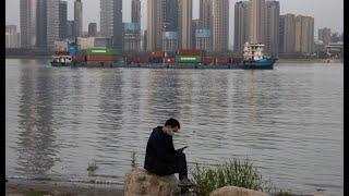"""4/15【时事大家谈】话题:1)病毒起源=政治红线?北京从严管控相关论文 2)群体免疫西方卷土重来,为何中国称之为""""血腥之路""""?"""