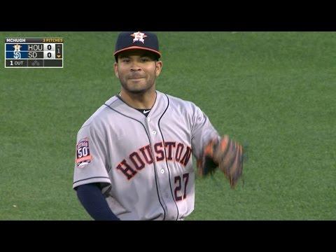 HOU@SD: Altuve makes two impressive plays vs. Padres