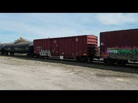 BNSF 7277, 8373, & 5139 southbound freight in Edmond Oklahoma  November 17, 2018