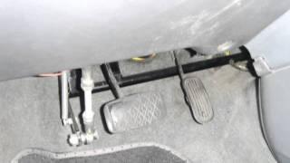 李嘉恩汽車道路駕駛教練教學-汽車路考fu系列之2-踏踩煞車與油門