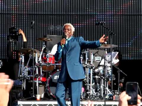Billy Ocean - Love Really Hurts Without You - Rewind Festival 2011