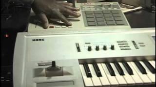 AKAI MPC2000XL-KORG TRITON/EXTREME COMBO_Midi Record