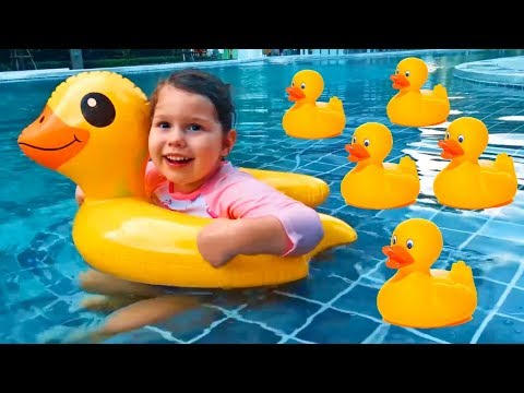 Five little ducks went swimming one day Song for kids by Agnes