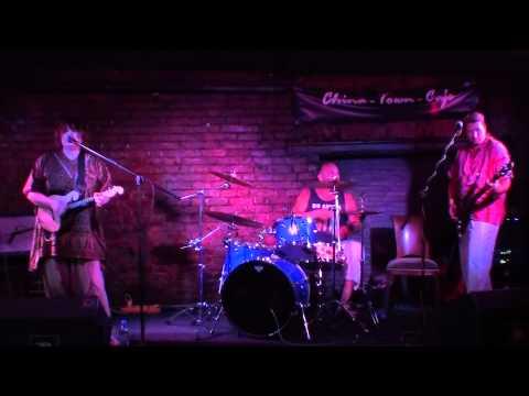 Дочь Монро и Кеннеди - Это лучшая песня (2011-07-10)