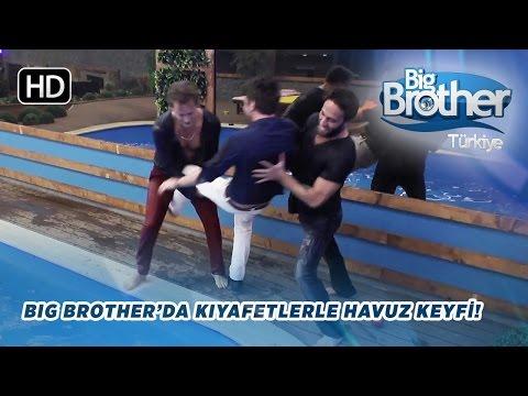 Big Brother Türkiye Evinde Kıyafetlerle Havuz Keyfi!