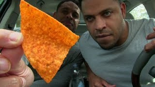 EATING THE HOTTEST CHIP IN THE WORLD  PAQUI HAUNTED CHOST PEPPER CHIPS  @HODGETWINS