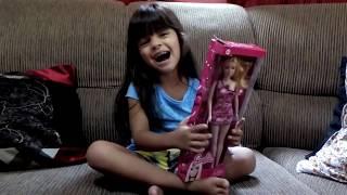 Mostrando minha Barbie NOVA!!!!