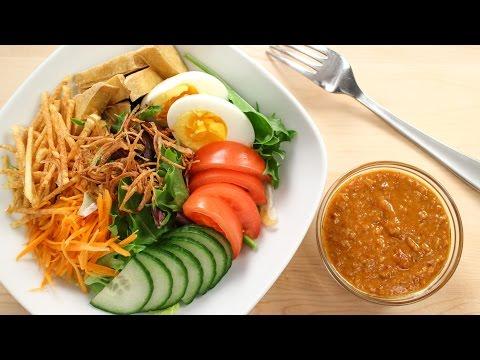 "Thai Peanut Salad Dressing Recipe ""Salad Kaeg"" สลัดแขก"